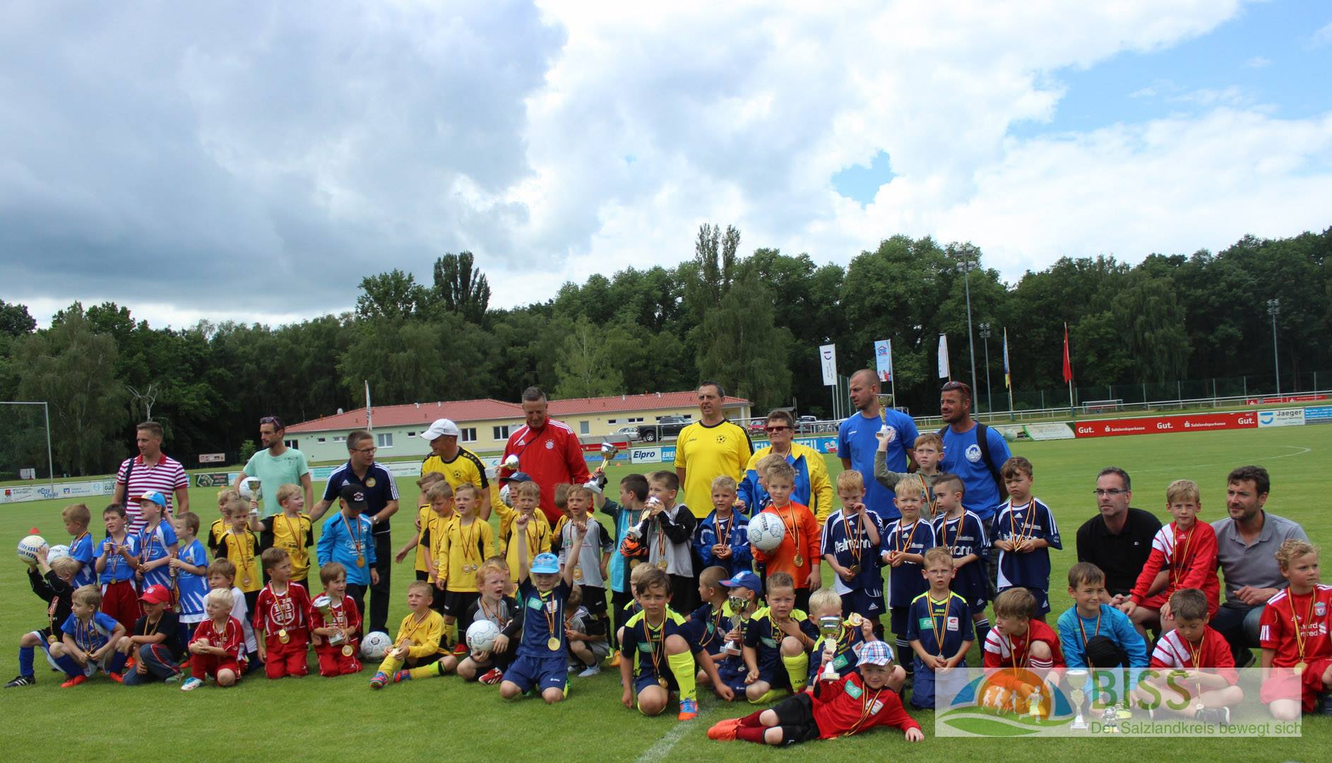 BISS-CuP_G-Jun.-Alles Sieger-8Teams