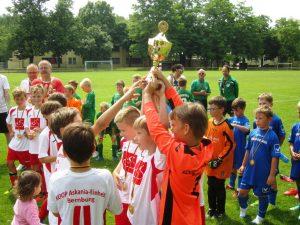 KM-Endunde_1.Pl.-Wir haben den Pokal-2